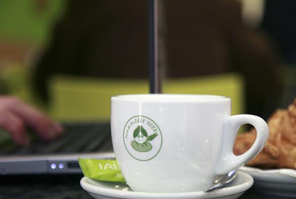 Cafetería y bebidas: café
